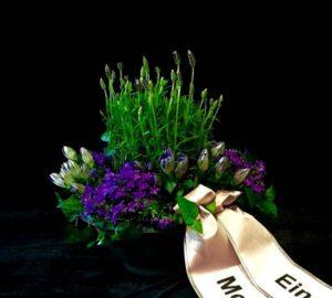 Blumen Flaschka Trauerfloristik